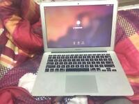 MacBook Air 13inch i7ghz 8GB RAM 512GB SSD HD