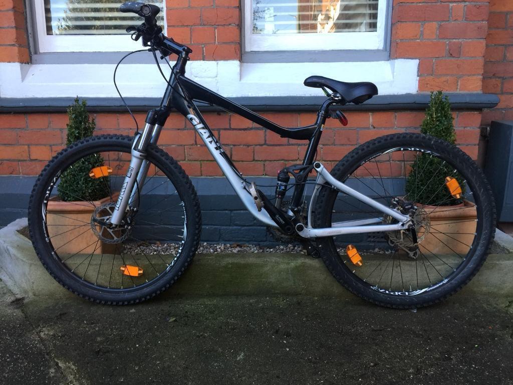 Giant Trance 3 Mountain Bike In Reading Berkshire Gumtree Rock Shock Sektor Rl Gold 275