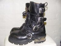New Rock Boots , size 5 vintage good condition. punk, Goth black leather