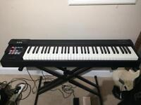 Roland rd 64 stage piano/midi keyboard