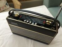 Vintage Roberts Radio, fully working.