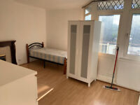 DSS WELCOME WITH A GUARANTOR - Spacious 3/4 bedroom flat available in Whitechapel E1