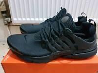 Nike pistro triple black Bnib size 11
