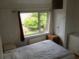 Single Room (OX3 0JJ), King Size Bed, Quiet, Clean, Garden, Furnished,