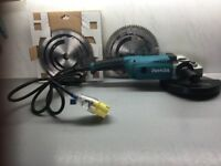 HEAVY DUTY 9 INCH MAKITA GRINDER 110 V EXCELLENT CONDITION