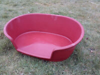 Pet Bed – Red Plastic