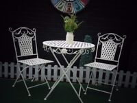 ABSOLUTELY STUNNING CAST IRON GARDEN SET VERY SOLID SET AND IN EXCELLENT CONDITION 70/70/75 cm £70