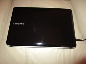 Samsung RV510 Laptop - Ideal Christmas Gift