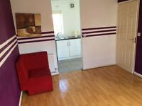2 bed house to let, private landlord.