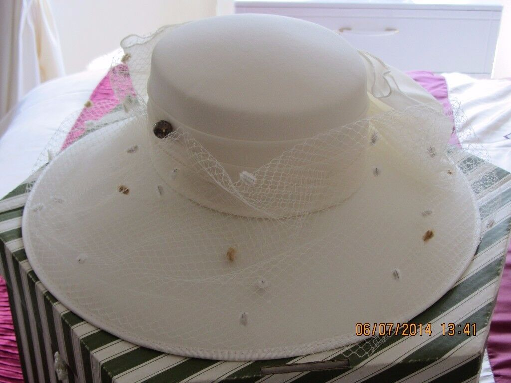 CREAM HAT WITH CREAM TULLE BOW & NET adapted by Alison Todd to match outfit