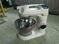 Vintage Kenwood Chef A700D Mixer with Stainless Steel Bowl