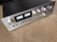 Rotel RA712 hi-fi Amplifier