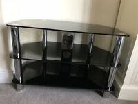 Glass tv unit good quality. Great condition!