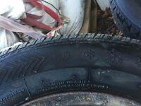 2 steel wheels with winter tyres