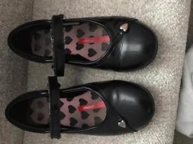 Black clarks shoes 12.5