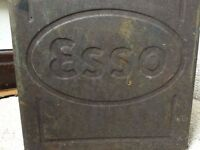 VINTAGE ANTIQUE ESSO PETROL TIN CAN, GARDEN FEATURE OR KITCHEN ORNAMENT, ADVERTISING