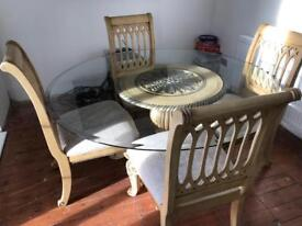 Pratt's table and 4 chairs