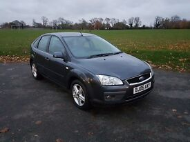 FORD FOCUS TDCi 2006 '06 TITANIUM in Grey with MOT & Service History. Not Astra, Ibiza or Golf.