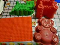 4 x silicone bakeware mould