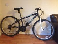 Mountainbike, 26 inch wheels, 14 inch frame, 18 speeds