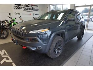 2018 Jeep Cherokee Trailhawk - Heated Leather, 4x4, Low Km