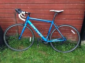 Carrera Zelos road bike for sale