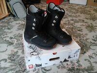 Snowboard boots - Burton size 8 & 1/2