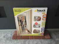 Hauck Stairgate. Brand new!