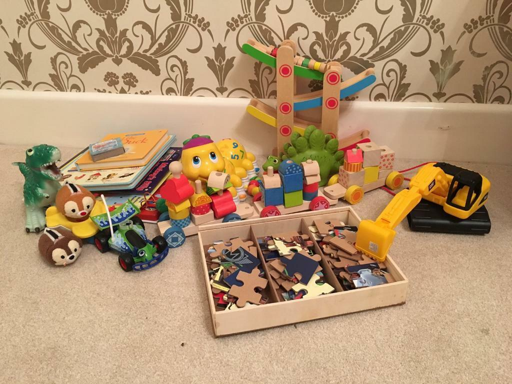 Toysin Bournemouth, DorsetGumtree - Selection of toys suitable for 2 3 year oldGood condition Collect from Iford