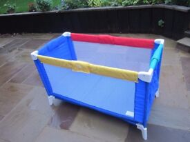 Fold up Travel cot