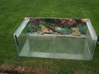 Glass tank, ideal for fish,reptiles etc.