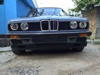 Bmw 318. Year 1984