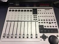 MACKIE Control Universal MCU Pro - Midi Logic / Pro Tools Controller