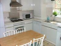 3 bed 2 bath house Hendon £450p/w