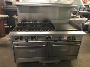 Garland gas 6 burner stove wth griddle and 2 ovens ( like new ! ) only $2995 ! Only 1 avaiable ( shipping avaiable!)