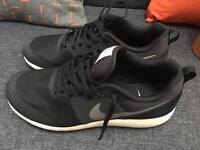 Nike Elite Shinsen Ladies Trainers Size 7