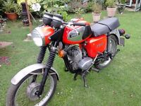 MZ TS 125 MOTORBIKE. GOOD ORIGINAL CONDITION. RUNNER. NO MOT OR TAX. BEEN STORED IN GARAGE.