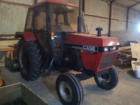 case hydroshift tractor also Major roller mower atttachment and Twose carrying box low hours £9000