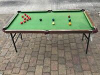 CHILDRENS SNOOKER / POOL TABLE