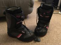 Ladies Vans Encore snowboard boots size UK 3.5
