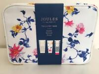 Joules Toiletry Bag