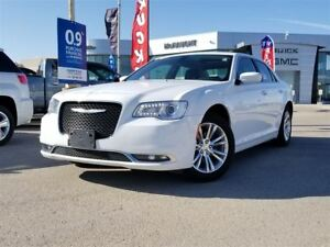 2016 Chrysler 300 Touring | Sunroof | 8.4 Touchscreen