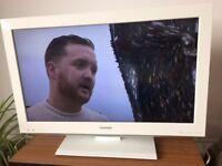 "32"" WHITE TOSHIBA LCD TV"