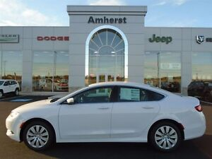 2016 Chrysler 200 LX EXCELLENT FUEL MILEAGE
