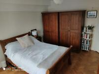 Spacious Double Room for rent 5 mins from Wimbledon station
