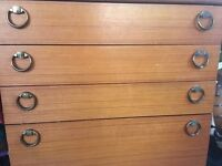 Vintage wooden chest of drawers - Good condition - Brighton - £20