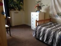 Room to rent in central location