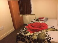 Double Bed room for vegetarian couple