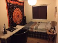 Medium sized double room in Withington.