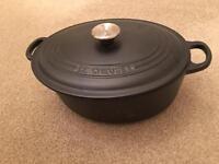Le Creuset - Signature Cast Iron Oval Casserole - Satin Black (RRP £180)